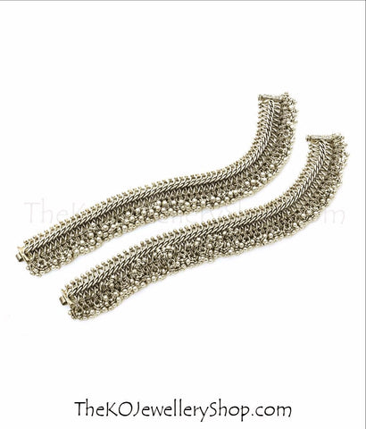 Shop online for women's silver anklets jewellery