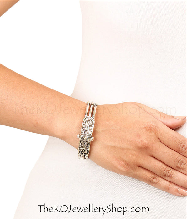 Hand crafted silver bracelet shop online