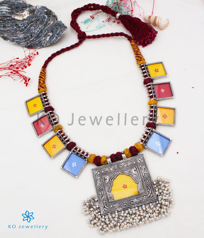 The Jharoka Silver Handpainted Necklace (Red)