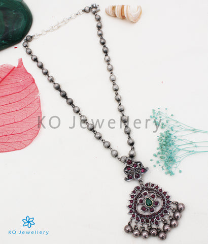 The Jivika Silver Kemp Necklace
