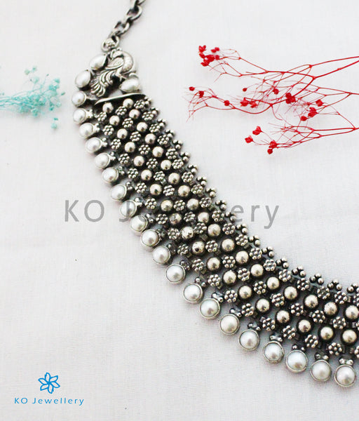 Pearl Necklaces in Oxidized Silver