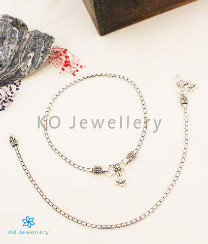 The Sejal Silver Anklets