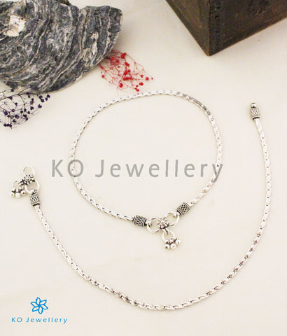 The Asmita Silver Anklets