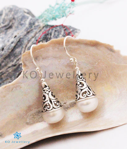 The Lopa Silver Pearl Earrings