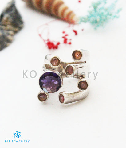 The Aarav Silver Gemstone Finger Ring