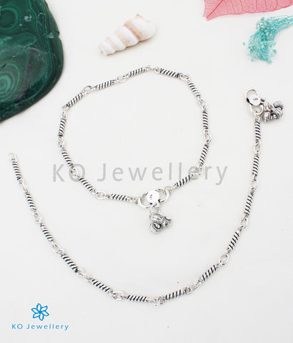 The Amara Silver Anklets