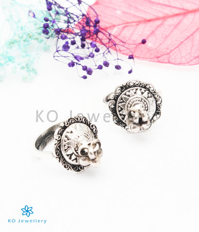 The Sampada Silver Toe-Rings