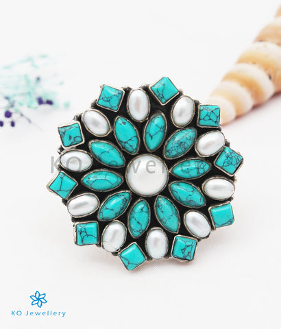 The Iha Silver Gemstone Cocktail Finger-ring(Pearl/Turquoise)