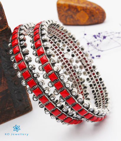 The Rajanya Silver Bangle (Oxidised/Coral/Size 2.4)