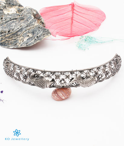 The Dhivara Silver Fish Choker Necklace