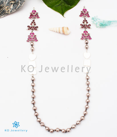 The Lathangi Silver Mopu Beads Necklace