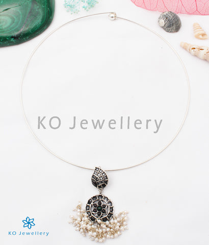 The Satya Silver Necklace
