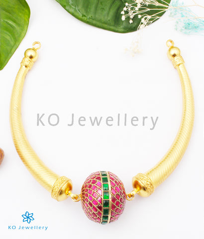 The Inaya Silver Kundan Hasli Necklace