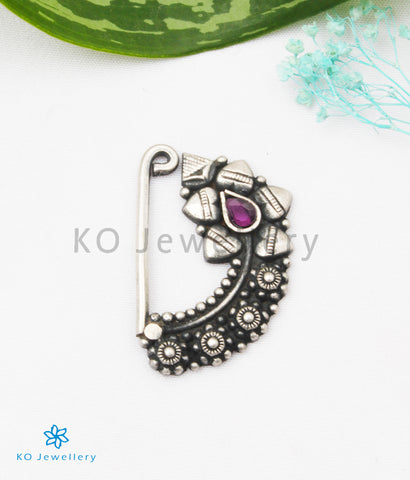 The Taraash Silver Nath/Nose Pin (Pressing/Clip On)