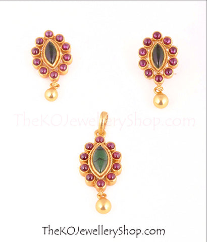 Two colour pendant set South Indian temple jewellery designs