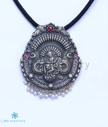 The Achala Silver Krishna Pendant (Oxidised)