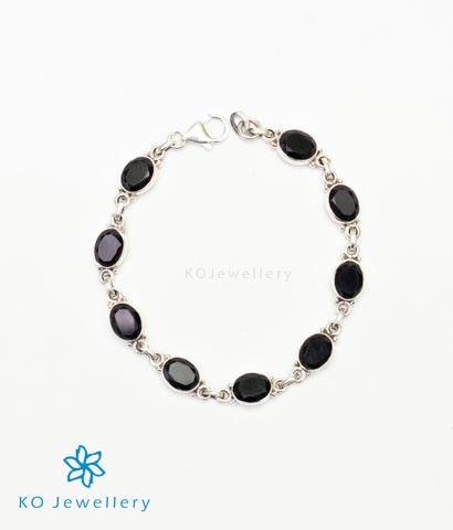 The Pranit Silver Gemstone Bracelet (Black)