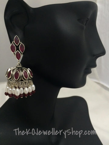 The Mumtaz Silver Jhumka-Red