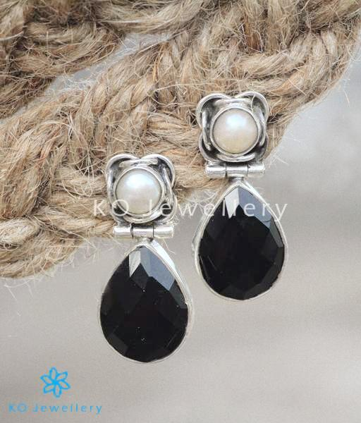 88acb9bc51d Handmade silver gemstone ornaments in modern design · Browse authentic gemstones  jewellery at KO online store · Stunning black gemstone earrings ...