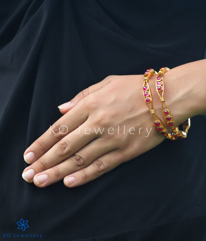 Handcrafted temple jewellery bangles