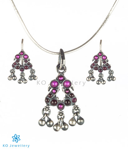 The Gili Silver Parrot Kempu Pendant Set (Oxidised)
