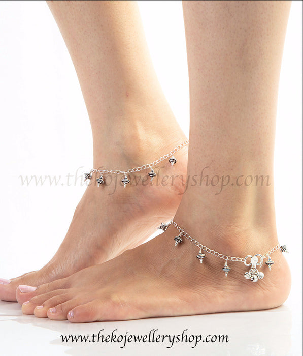 beautiful handcrafted sterling silver anklets casual wear