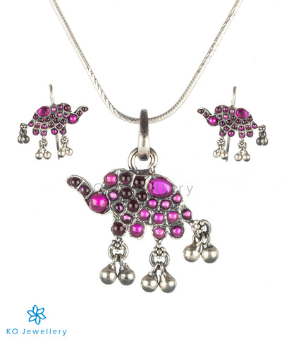 The Dvidanta Silver Elephant Pendant Set (Oxidised;Red)
