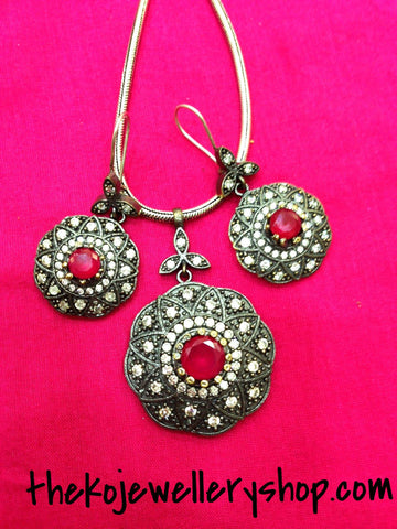 The Tanisha SIlver Pendant Set- Red - KO Jewellery