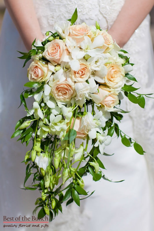 Wedding Bouquet Peaches and Cream - Shower Wedding Bouquet - Best of the Bunch Florist Wellington