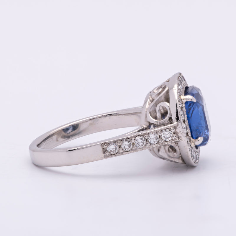 Ladies 3ct Blue Sapphire Cushion Cut Ring in Platinum with Diamonds