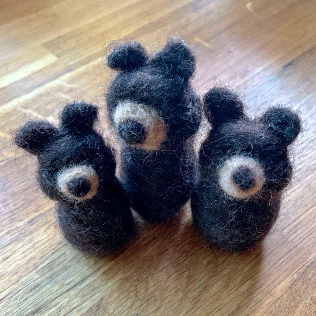 Maplerose THREE BEARS Needle Felting Kit