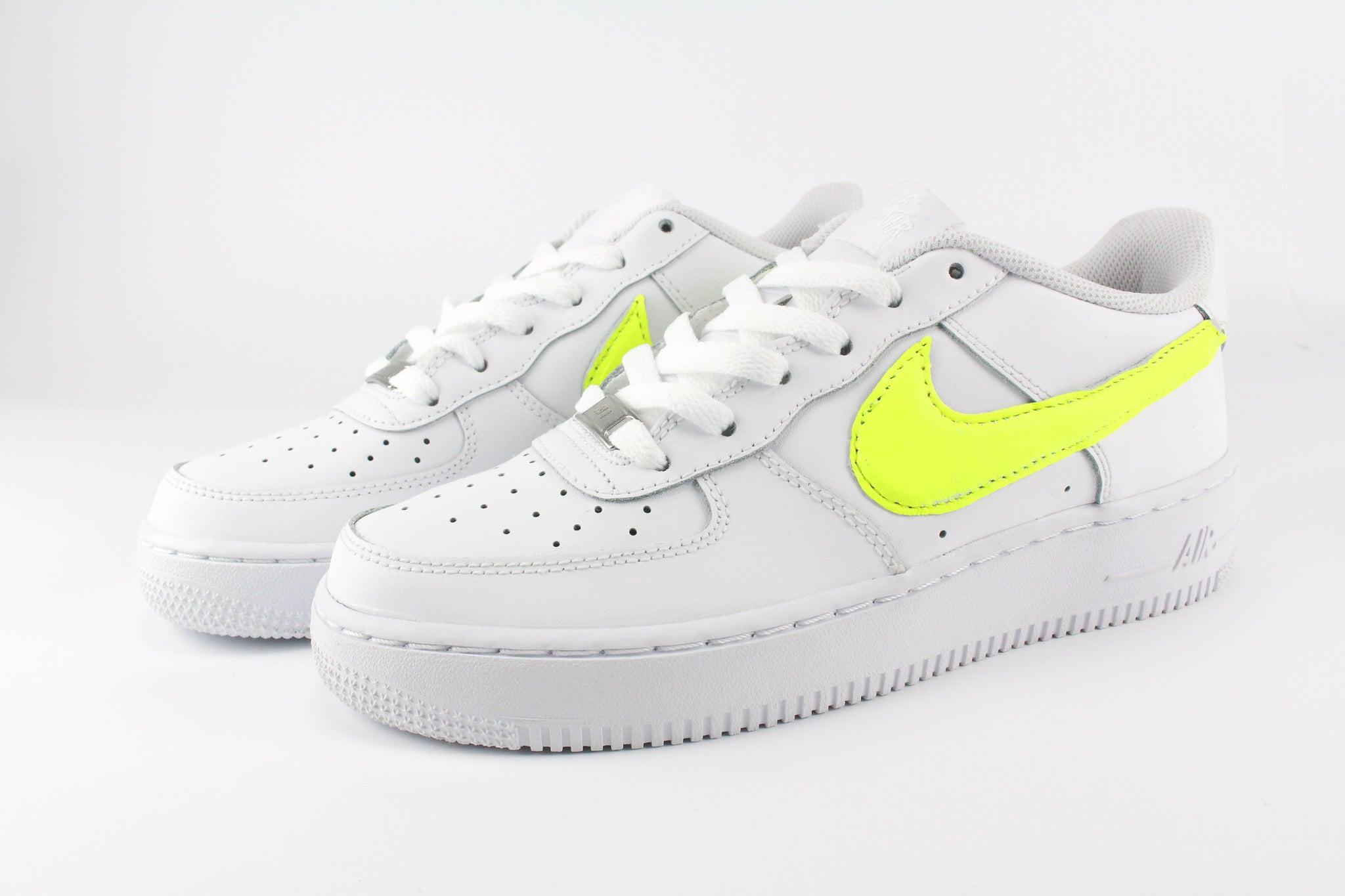 Nike Air Force 1 '07 Yellow Fluo
