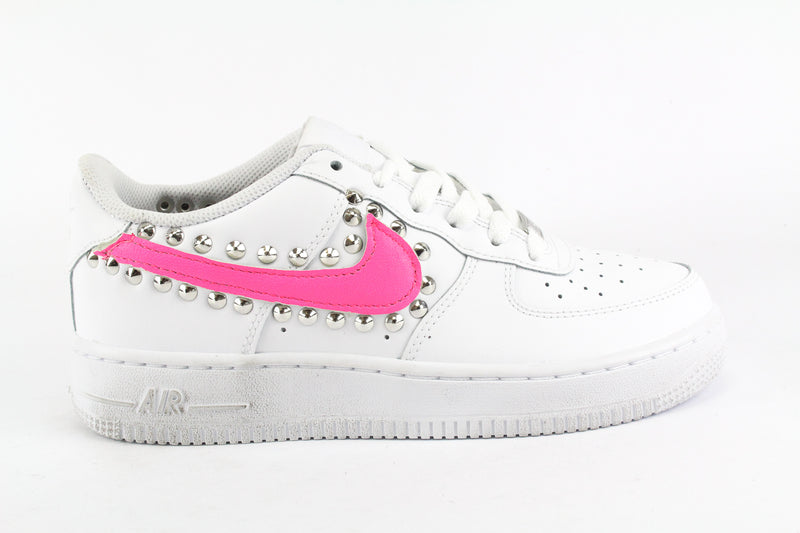 Nike Air Force 1 '07 Pink Fluo & Borchie