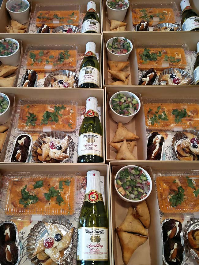Ramadan Iftar Boxes For Neighbors | ModernMuslimHome.com