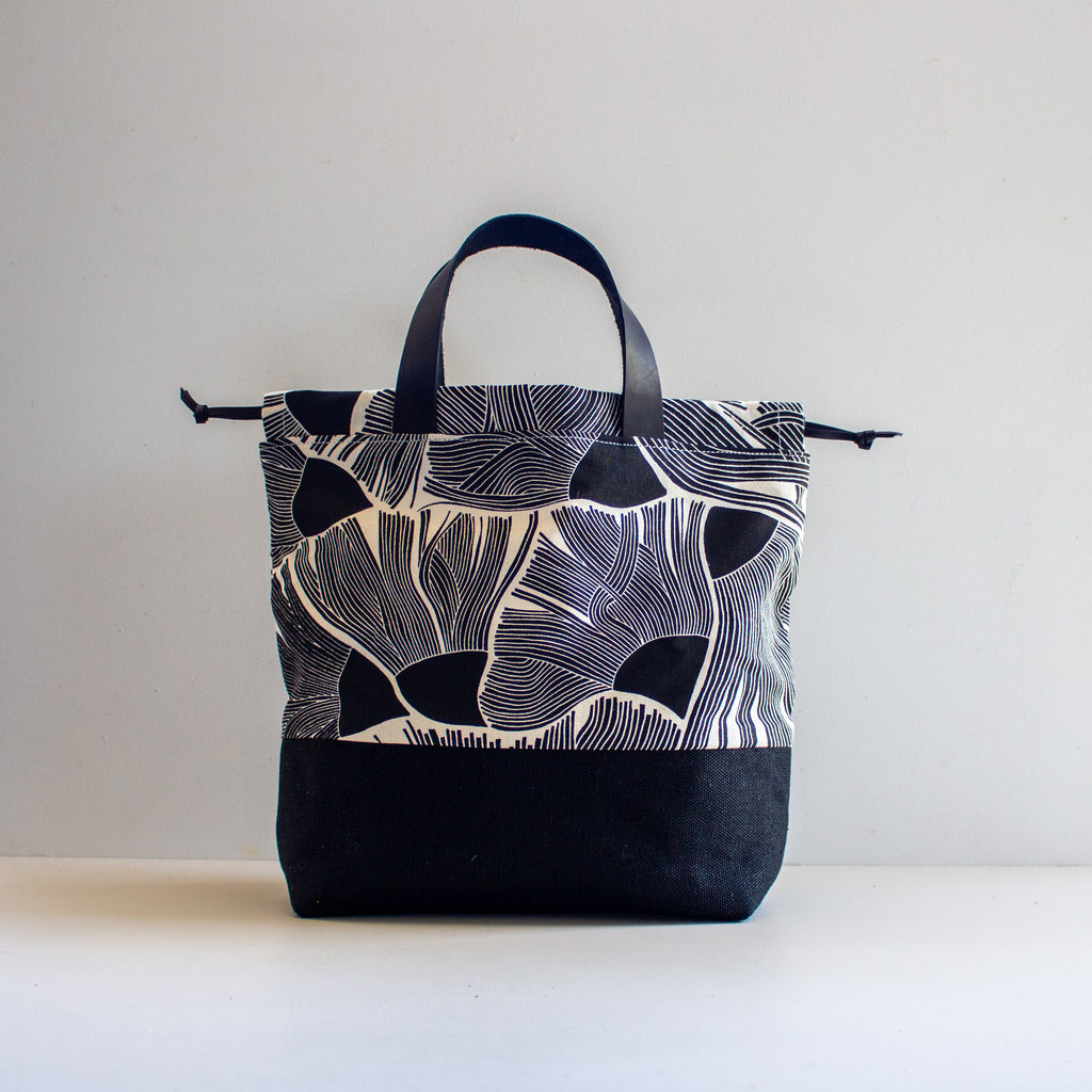 Project Bag [Black Gum Flower]