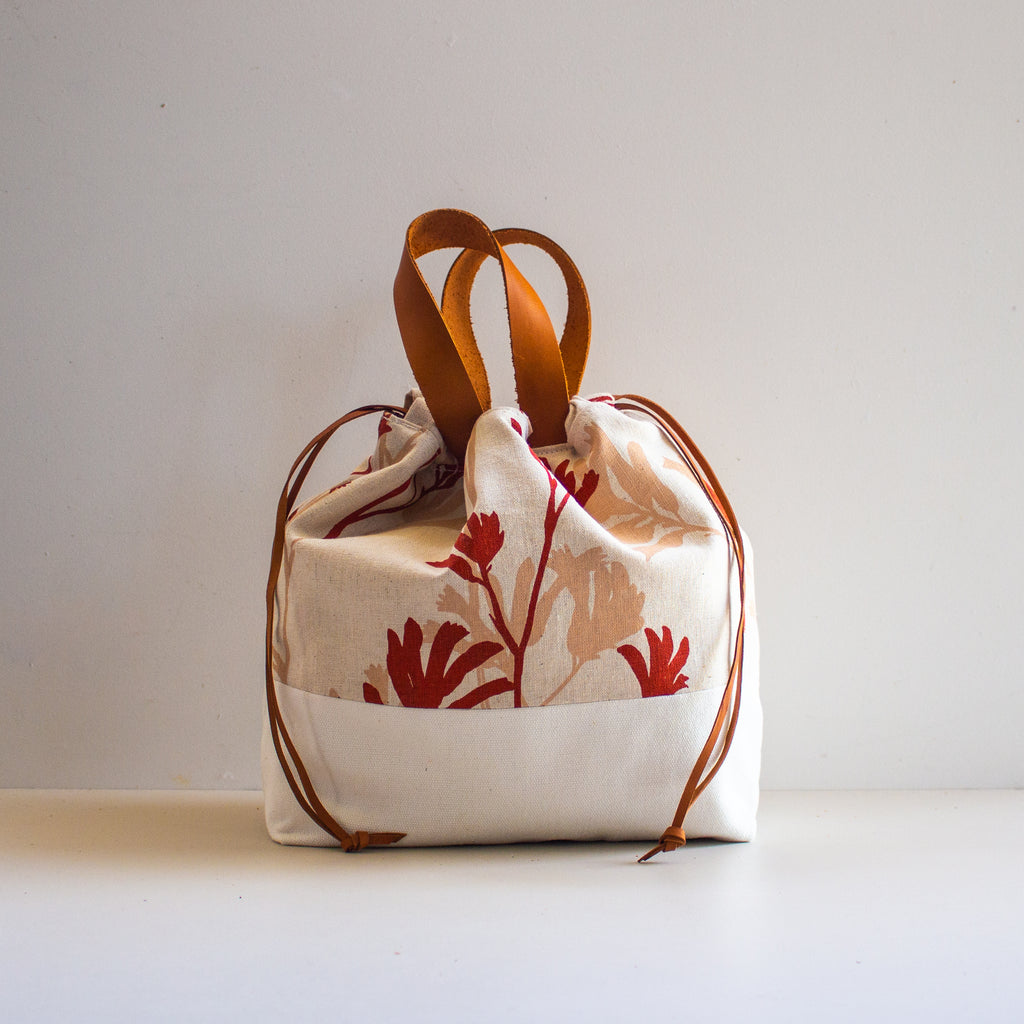 Project Bag [Red & Coral Kangaroo Paw]
