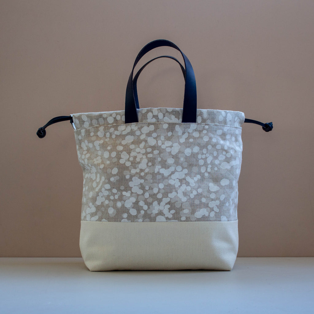 Project Bag [White Spots]