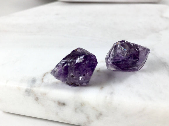 Raw Stone Amethyst Stud Earrings - Bauxpeep Boutique