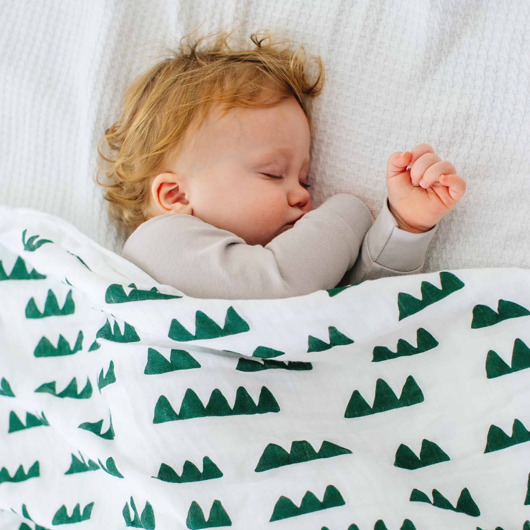 toddler sleeping with dream blanket from Nightingale