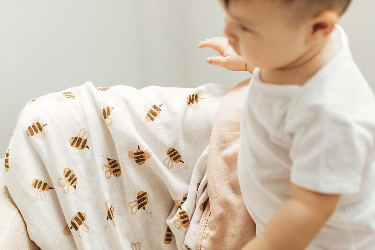Toddler Muslin Blanket - Bees