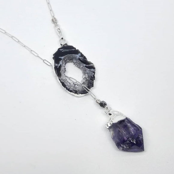 Gilded Occo Geode Slice and Plated Crystal Point Lariat :: 26
