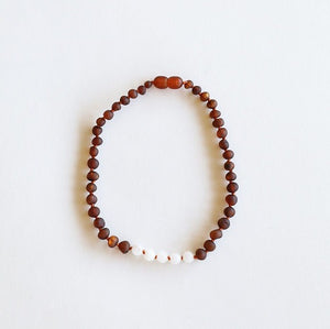 Canyon Leaf Baltic Amber Necklace - Raw Cognac + Moonstone 11 inches