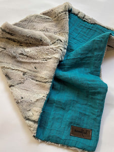 Blumenkind Luxurious Plush Minky & Muslin Lovey in Teal