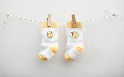 Cheski Duck Knee Sock Yellow