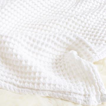 The Sugar House Cloud Blanket in White