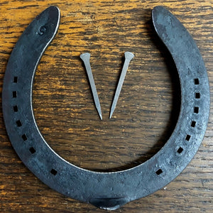 1-100 New Real Horseshoes + Horseshoe nails to fix door Wedding good luck, Craft - Farriers Equipment