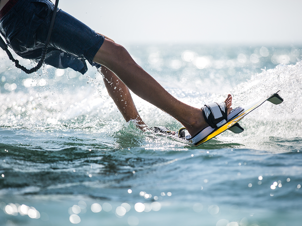 The Simple Guide for How to Get Up on a Wakeboard