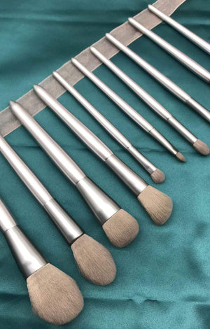 Silver Moonlight Makeup Brush Set -10 Pcs - TGCboutique