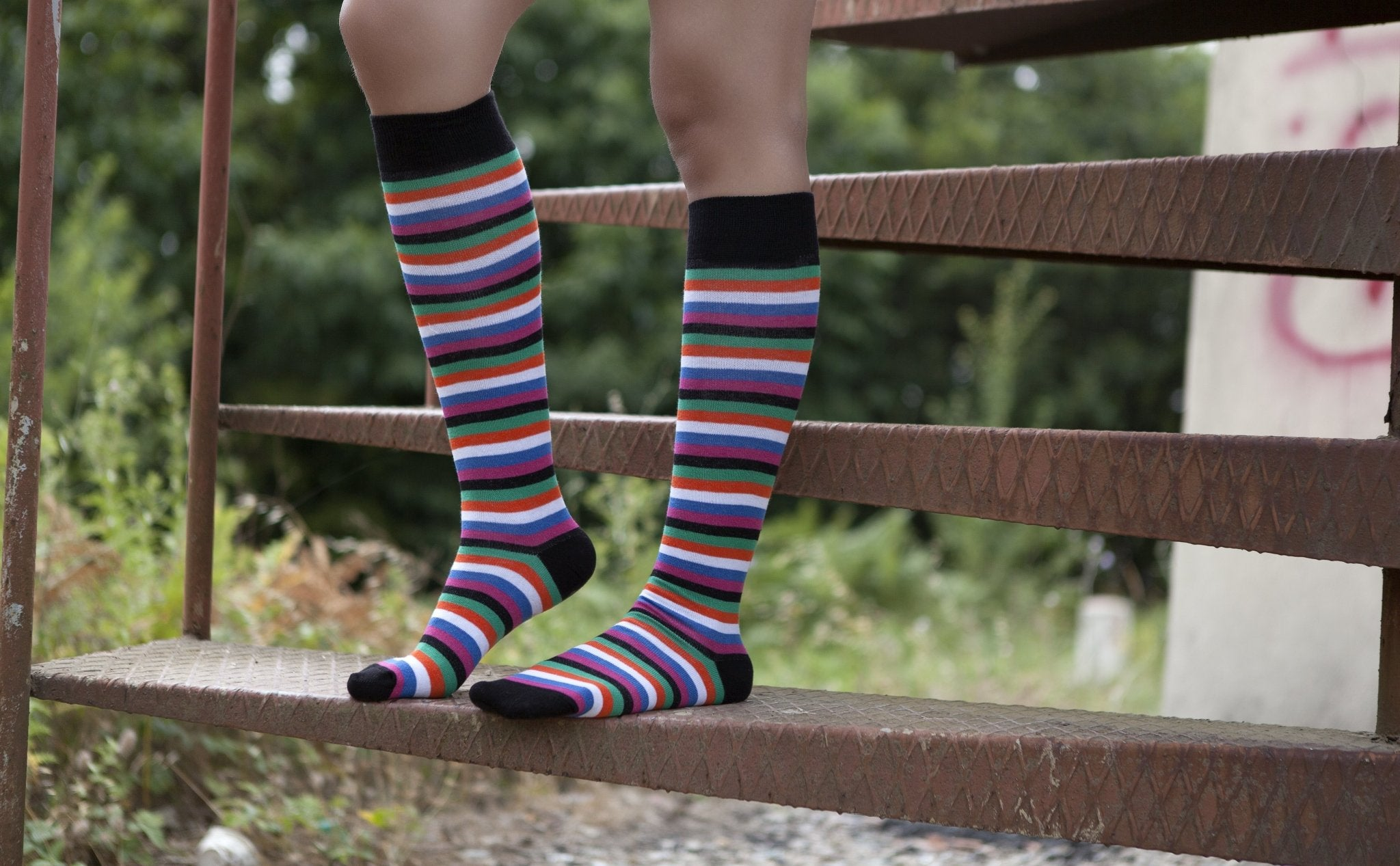 Women's Blackish Stripe Knee High Socks
