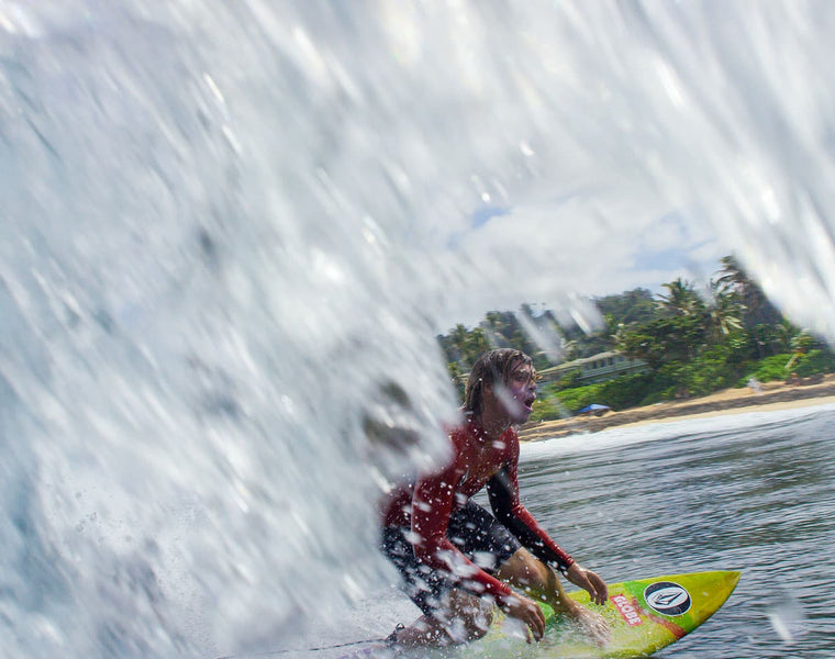 Noa Deane out in front of the barrel
